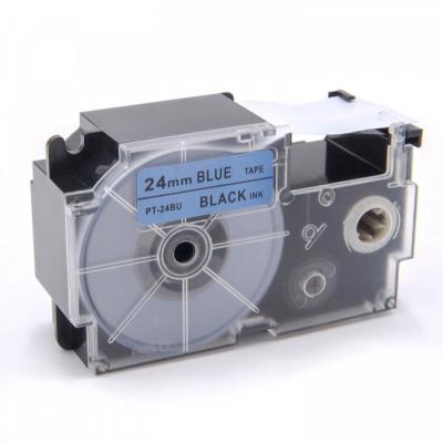 Casio XR-24BU1, 24mm x 8m fekete nyomtatás / kék alapon, kompatibilis szalag